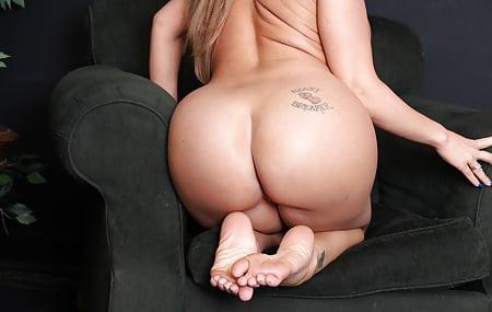 Richelle Ryan Pov