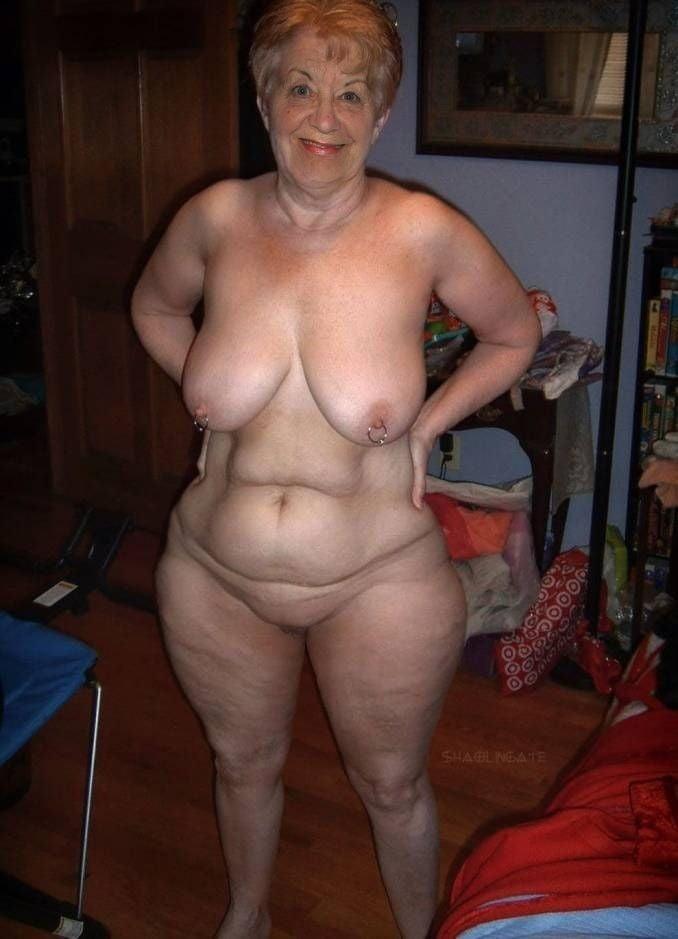 фото голых старушек из сетей каких либо предварительных