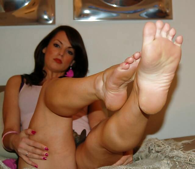 Hot Sexy Feet Pics