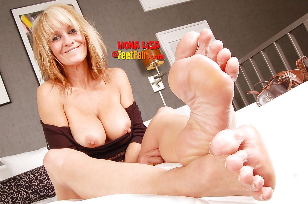 galleries Granny footjob legs