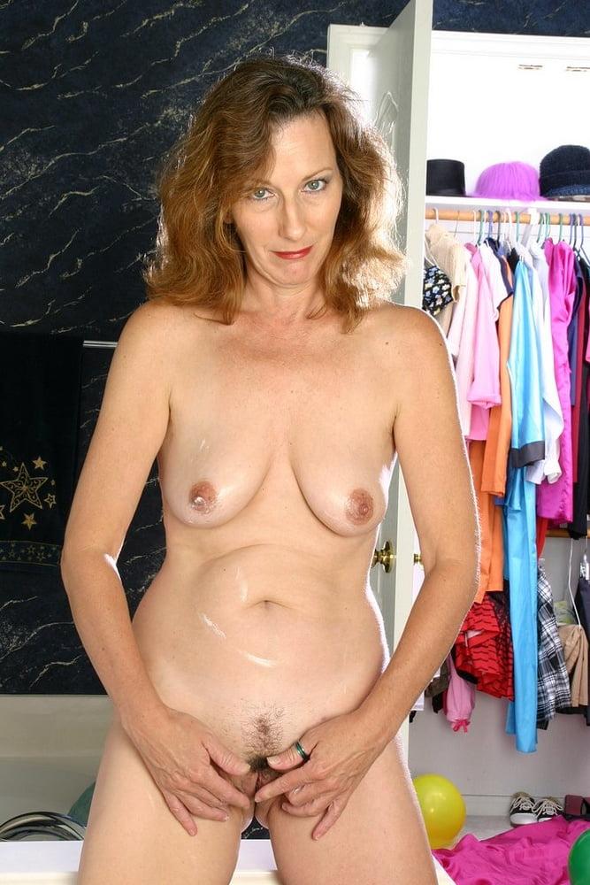 Mature mom small tits-9812
