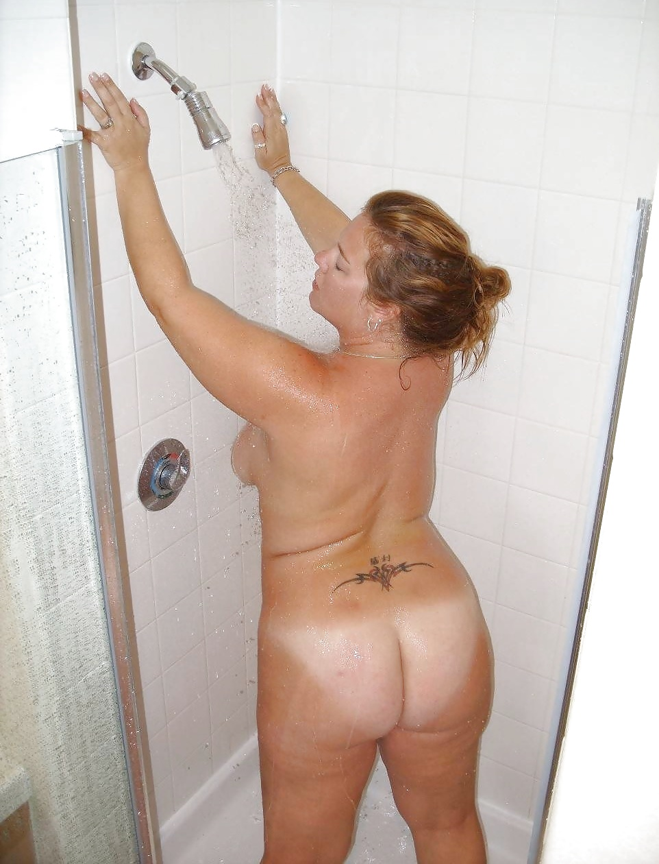 Mom Nude Taking Shower