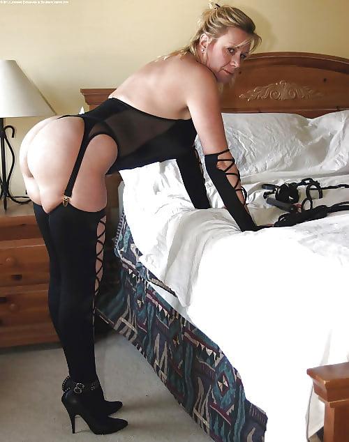 Horny mature women xxx-2844