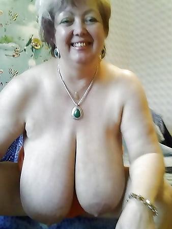 Brüste omas dicke Gigantische Möpse