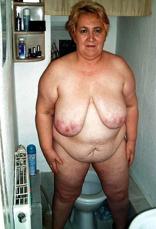 Horny older women near me-2592
