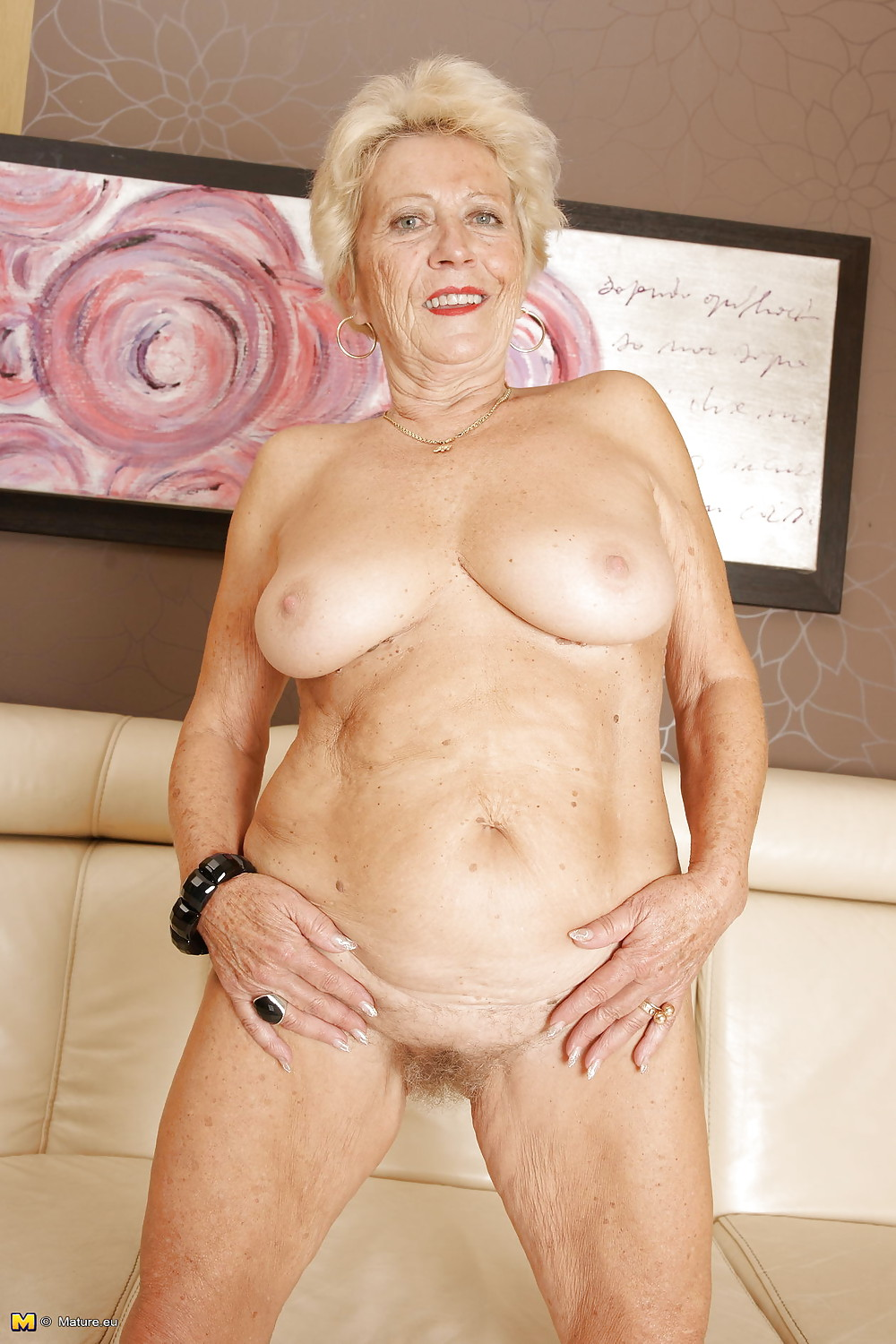 hot-sexy-granny-free-your