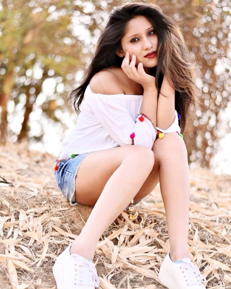 Indian girls sexy boobs photos-2617