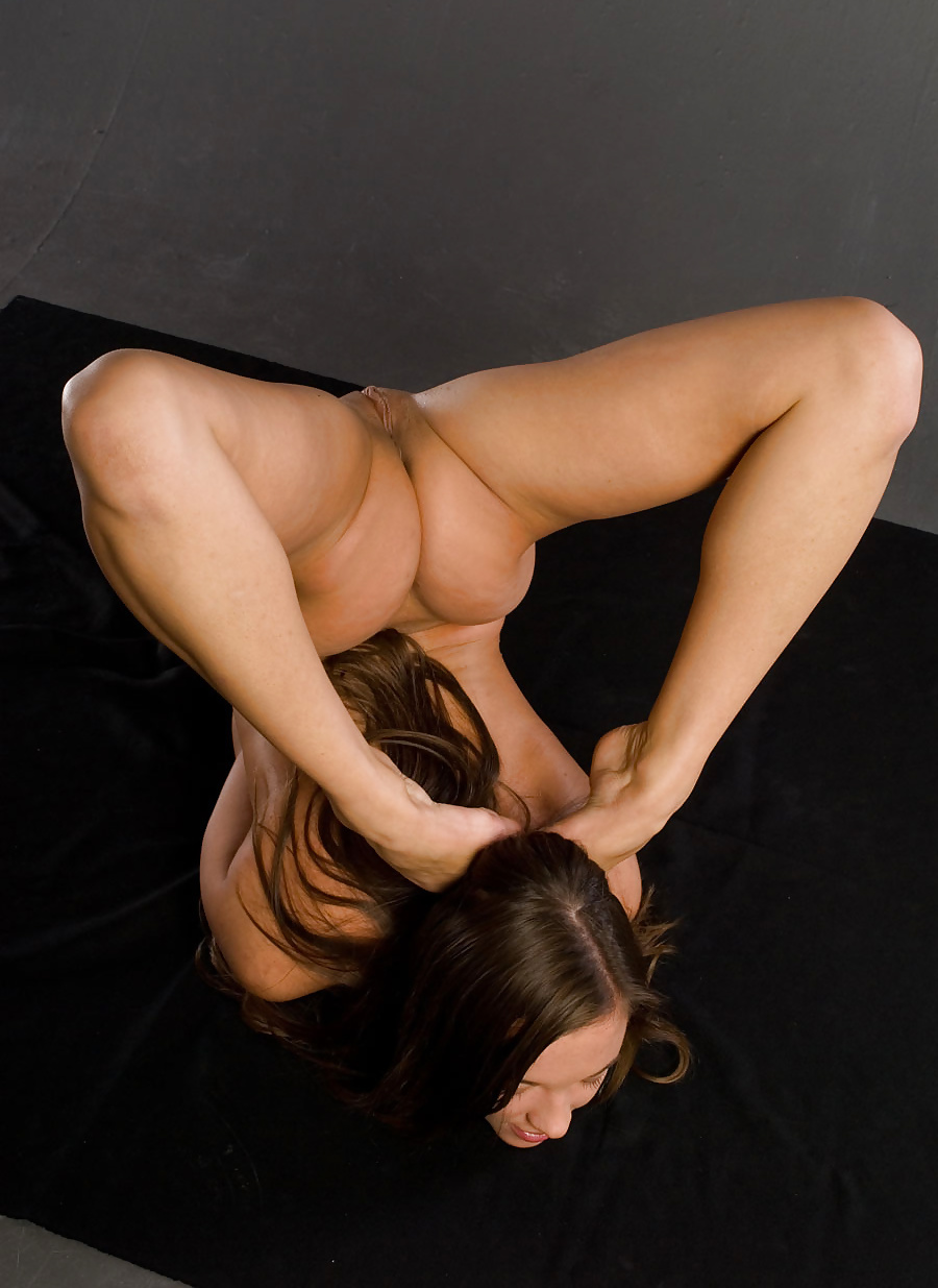 Nude yoga pictures with naked gymnasts and flexible girls