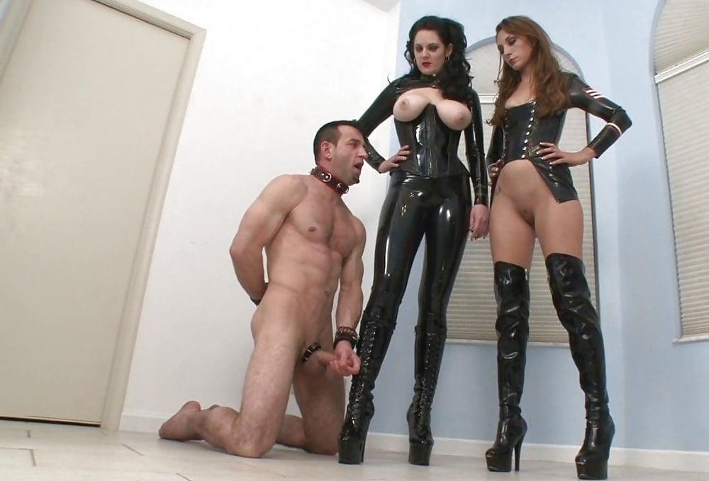 gospozha-v-botfortah-porno-meksikanskie-porno-seks-film