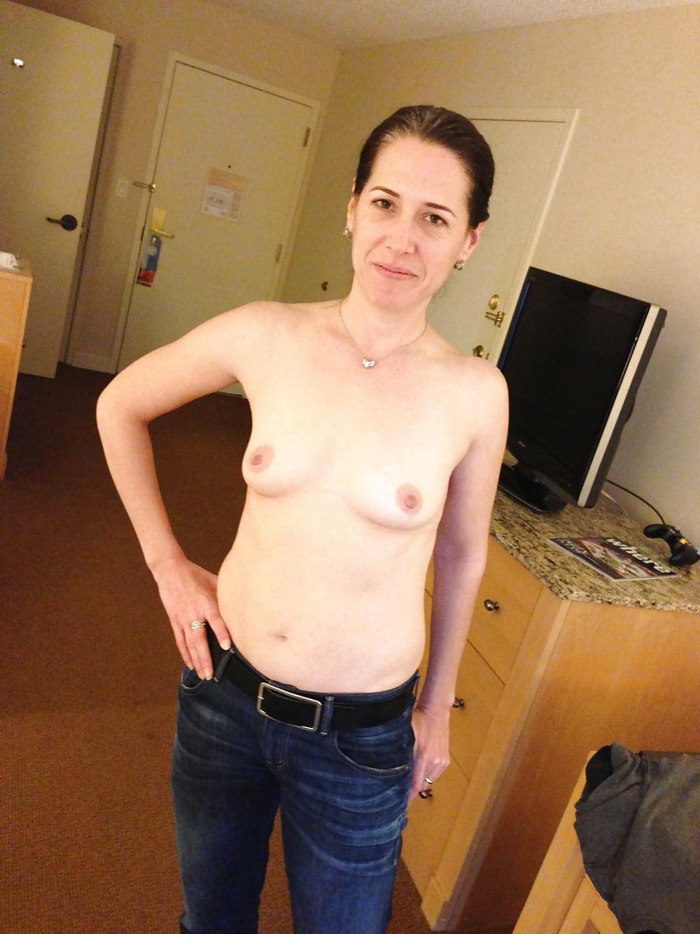 Milf flat breasts, pussy cumming vidoes