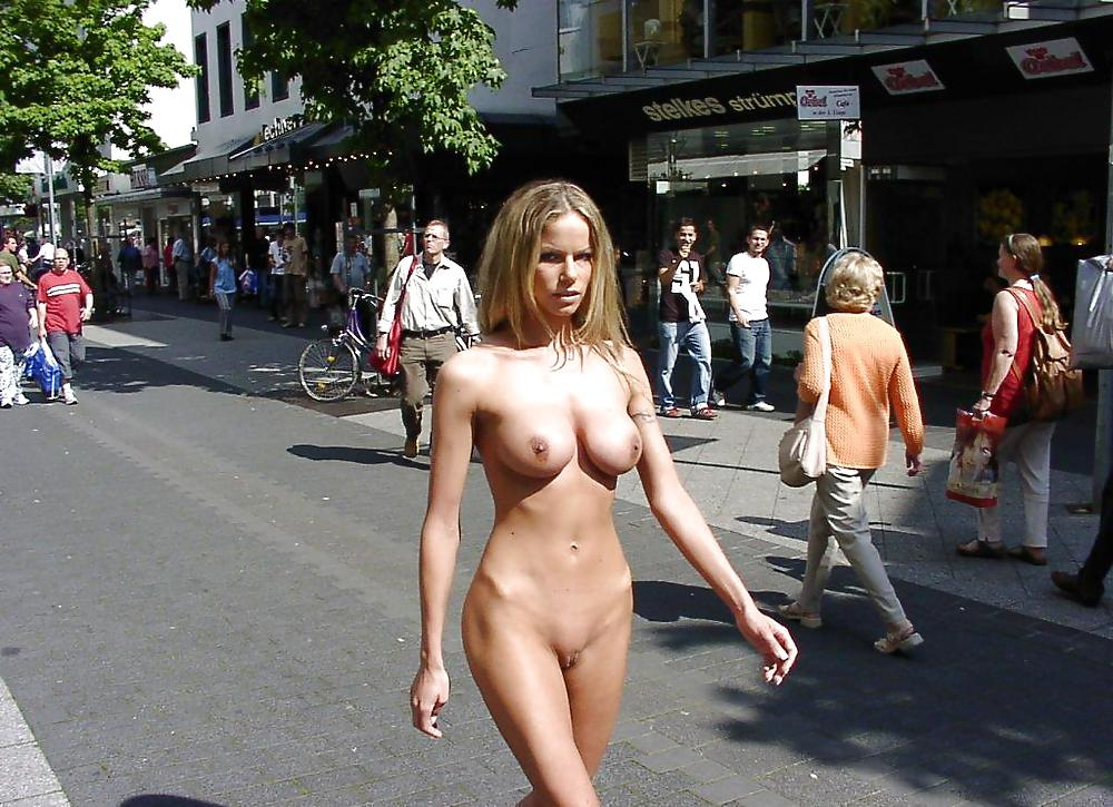 Teens naked in the street, nudes of women body builder