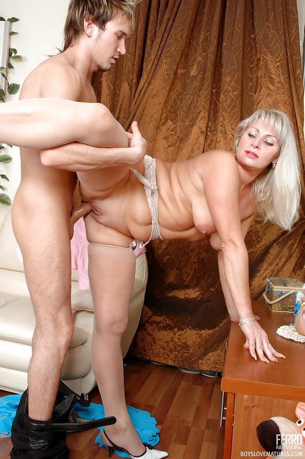 Russian moms irina having sex in the kitchen tnaflix porn pics