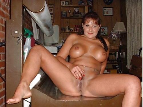 Older woman fun porn-7227