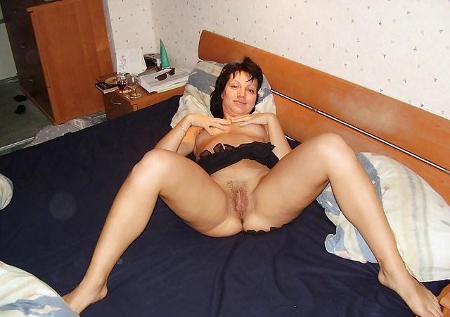 Порно через голая интим фото в домашней обстановке зрелые женщины как