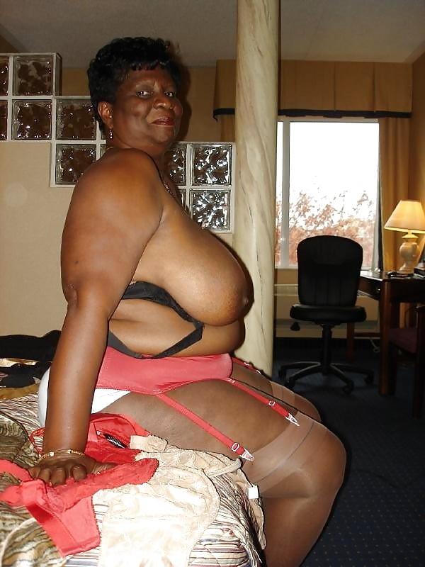 Black Granny Pictures