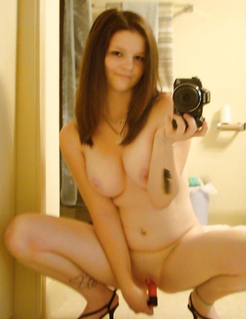 Asswhole dildo naked selfie — photo 4
