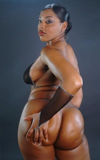 Ebony naughty neshelle nude 6