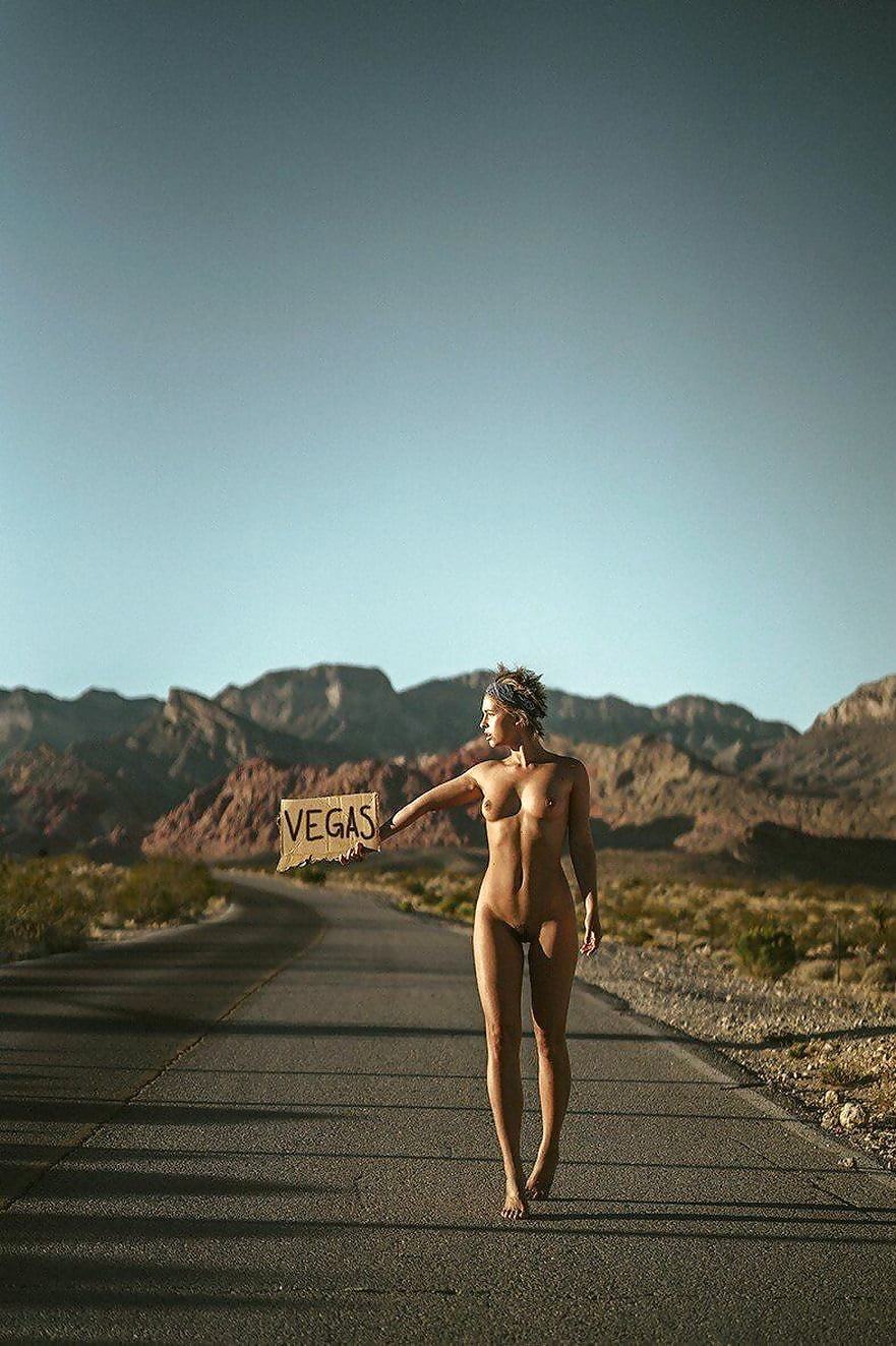 Nude las vegas model — photo 9