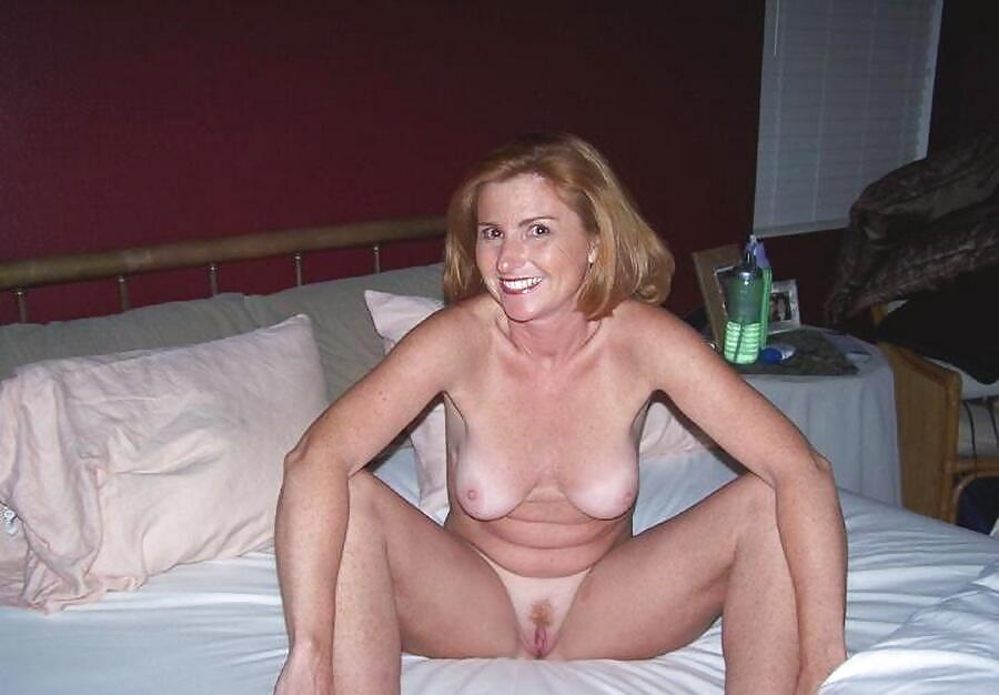 Lonely wife naked pics — pic 11