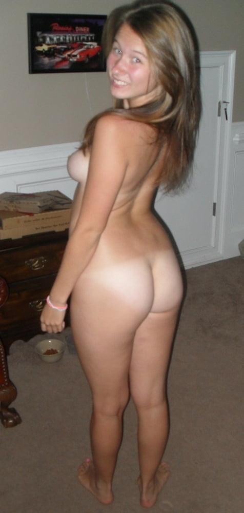 Melissa exposed - 27 Pics