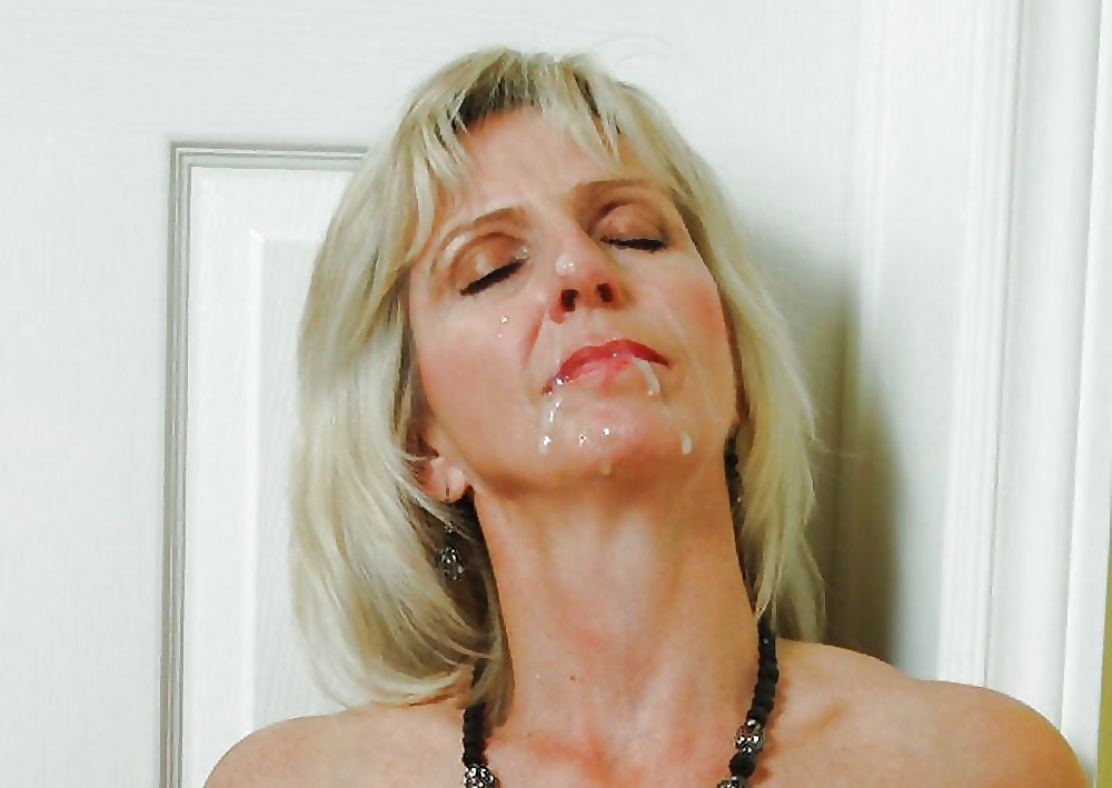 sexy-french-women-facial