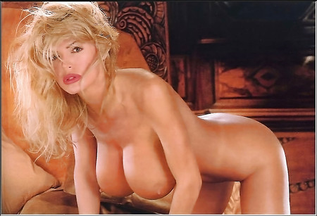 Nackt julianna young 62 Julianne