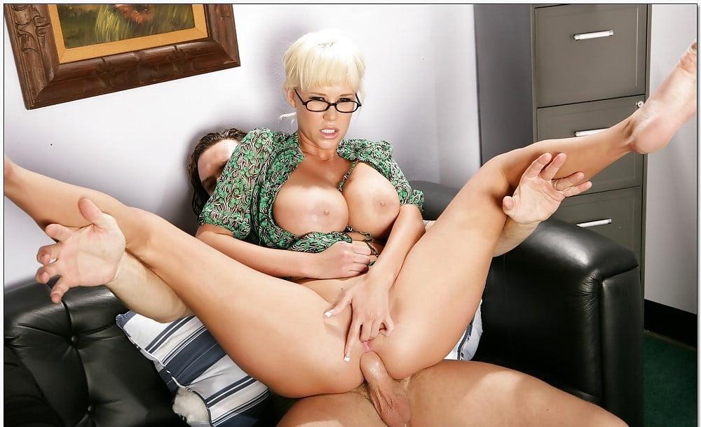 секс солидная женщина заставил