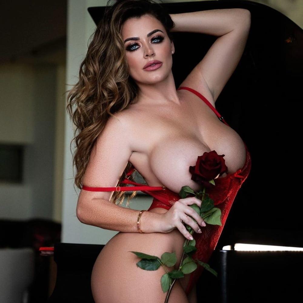 Babes I'd Fuck: Sophie Dee - Part 2 - 57 Pics