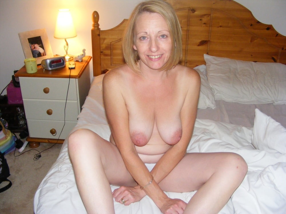 Sexy mature Uk wife web find