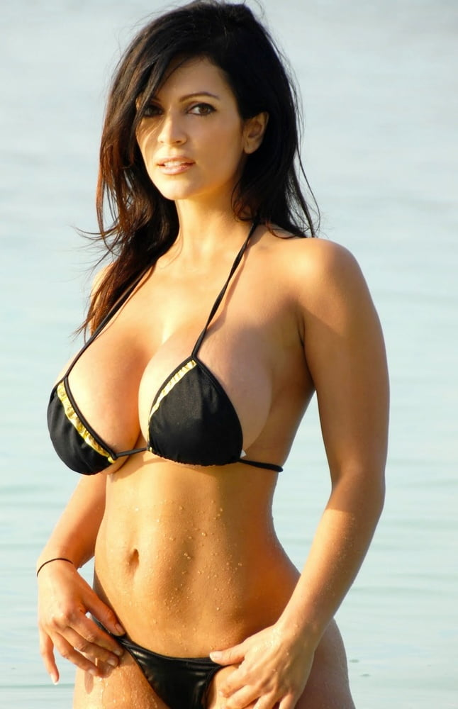 big-titted-bikini-models