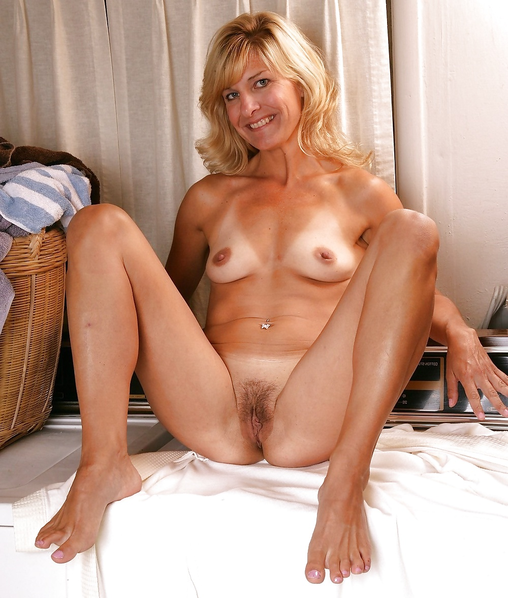 Busty slim nude mature woman 3
