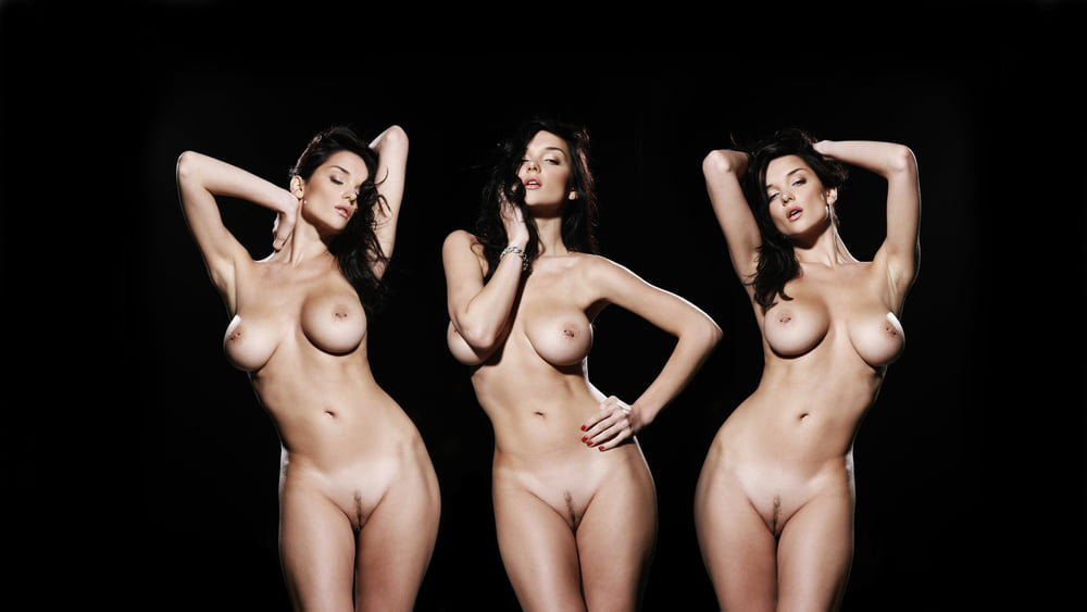 dcups-naked-celina-jaitley-sexy-xxx-pic