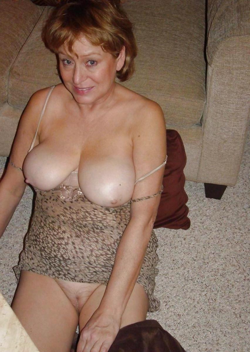 Смотреть фото голых зрелых женщин частное