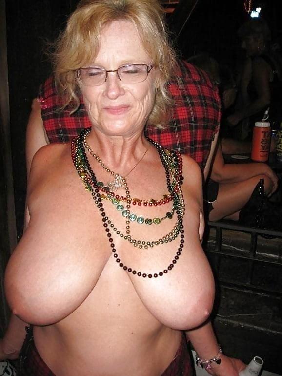 clit Old grannies