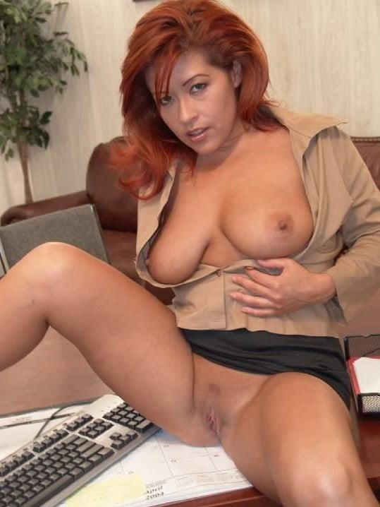 misty-mendez-porn-hot-chick-hd-ass-spread