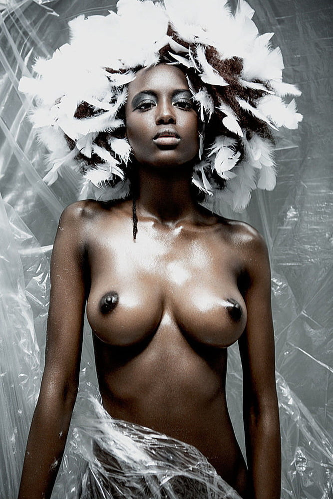 nude-black-celebrity-girl