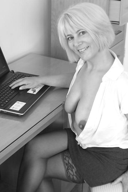 Porn girl uk-6619