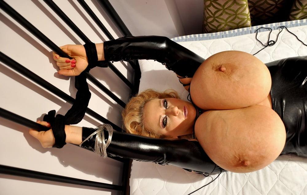 Xxx huge black tits-6607
