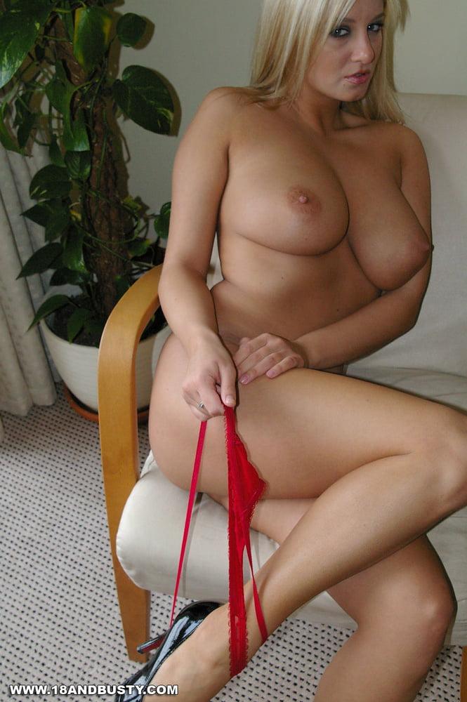 Big tits blonde gallery