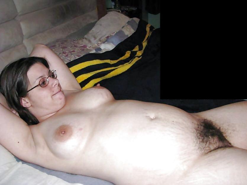 Толстый волосатый лобок, жесткое красивое порно в чулках азиатки