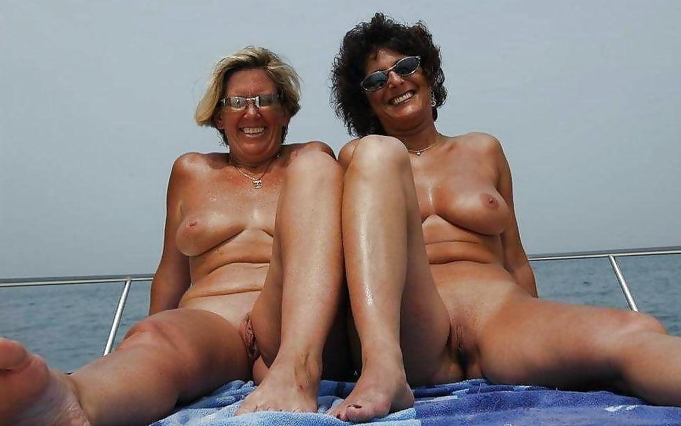 Amateur Cougars Naked Busty Milf Porn