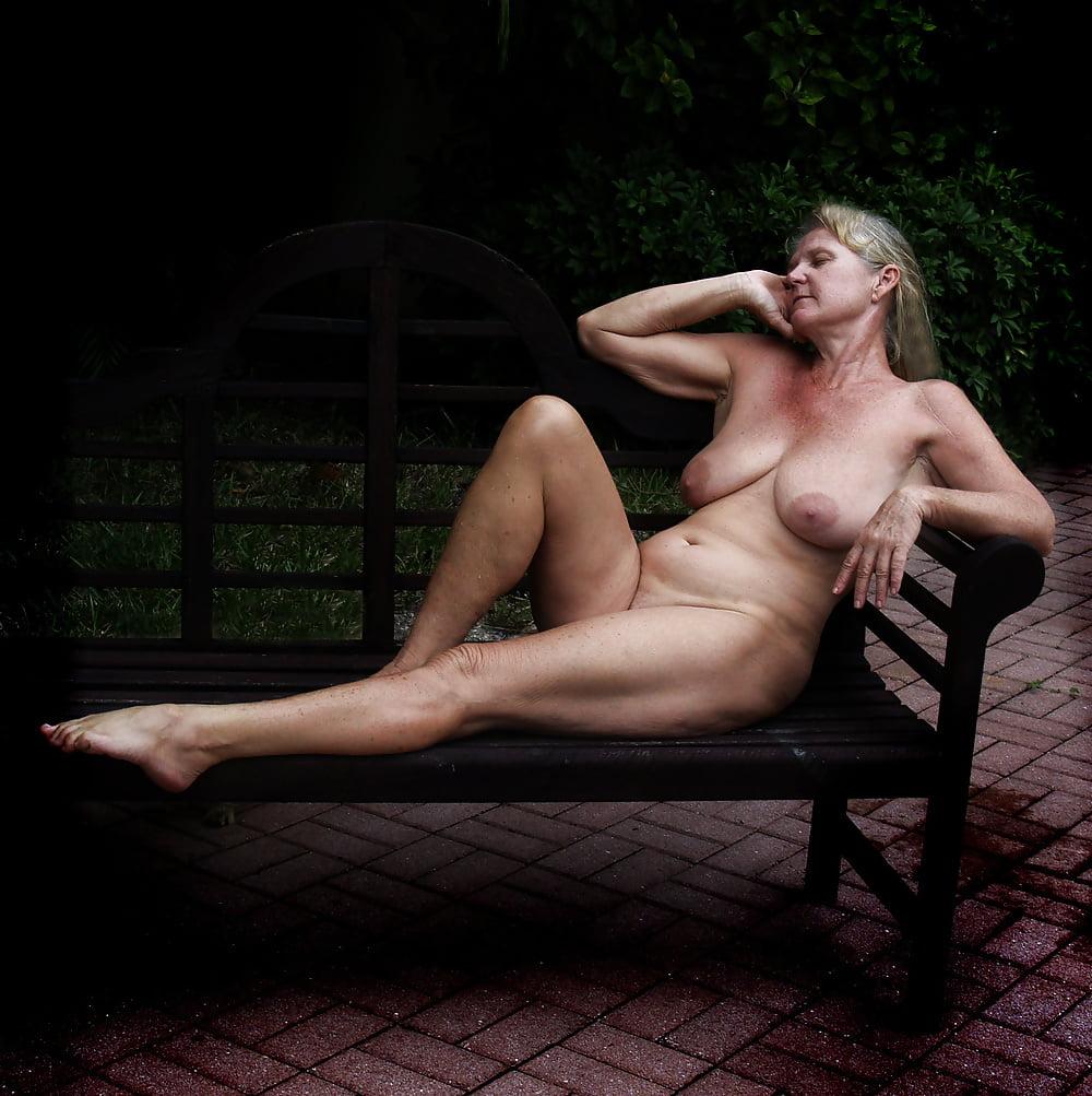 Busty curvy naked