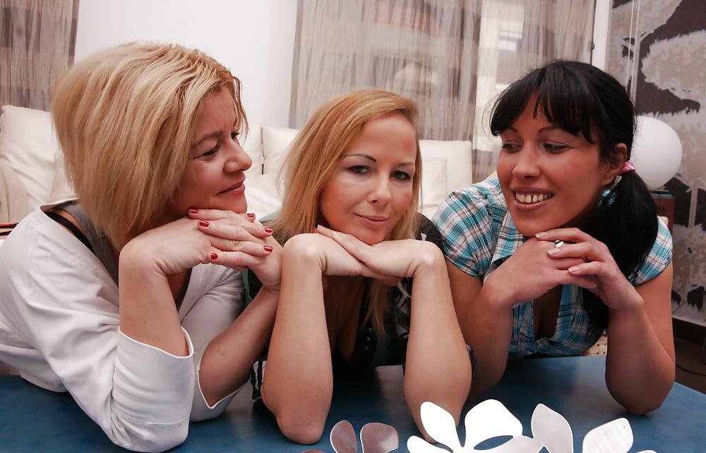 Czech lesbian sex videos