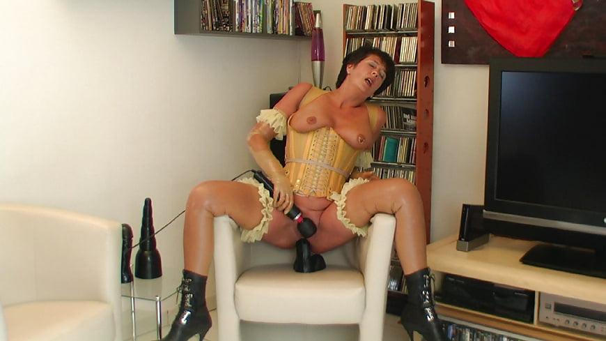 Dildo Chair Porn Pics