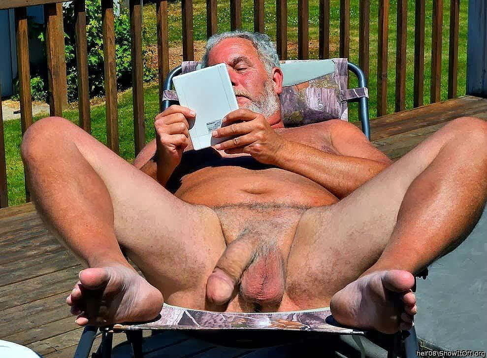Mature men nude on bed