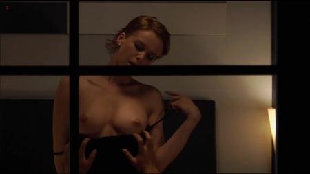 Andrea Bogart  nackt