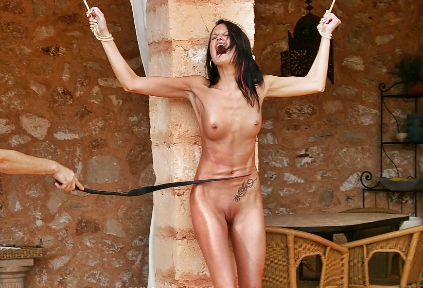 whipping-woman-fetish-monica-leon-naked-porn