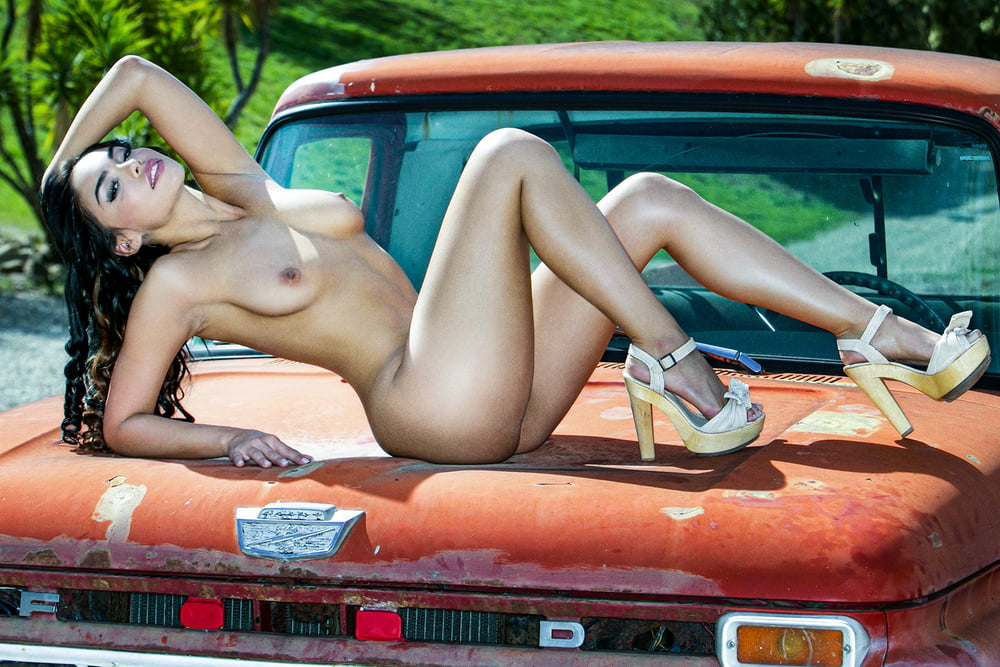Muscle Cars And Girls Naked