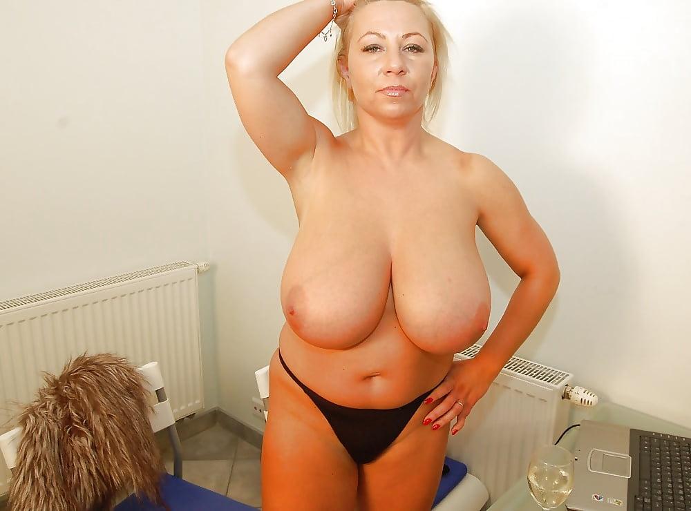 Big tits ladies, mature porn photos, sexy older women