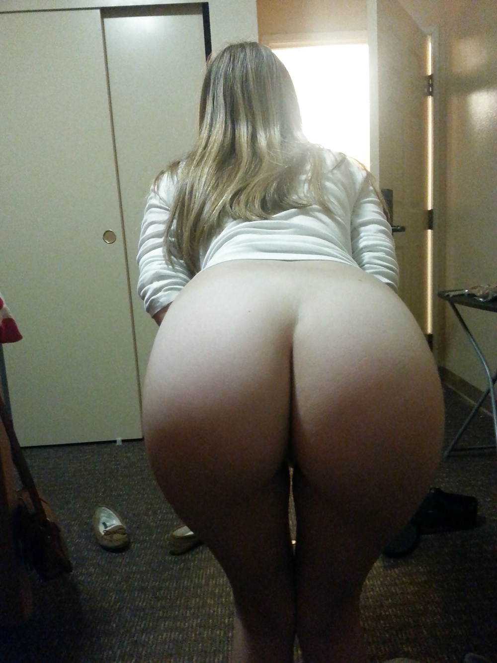 big-booty-girls-bending-over-nude-ass